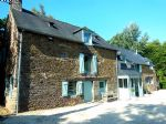 Superb 7 bedroom property  on 1.6 hectares and just 9km from dinan