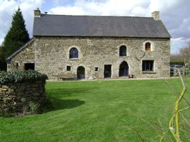 Jugon les lacs area - delightful 4 bedroom stone house with on grounds of just u