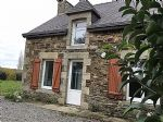 Country stone cottage, pleasant setting and great location, easy access to main