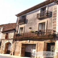 *** Reduced Price *** Authentic Former Winemaker's House of 170m² living space ready