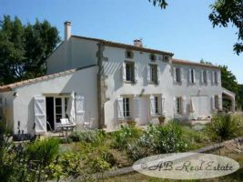 Original, beautifully renovated farmhouse, dating from 1810 with stunning views. Situated on