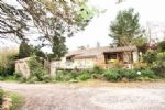 Farm, old stables 1850, 540 m² on two levels, 5 bedrooms used in B&B plus 3 gites plus