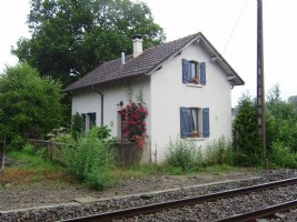 Charming railway cottage with garden.