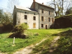For sale a property of 2 houses with land (1843m2)