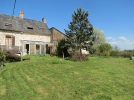 4 Bedroom house with large garden and earning potential.