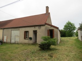 Country house but very close to large town