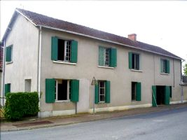 House with 2825m² of land