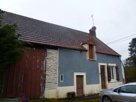 Traditional Cottage & barn with 5932m² of land.