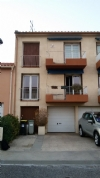 *Spacious appartment with 3 beds, balconies, garage and garden.