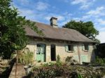 Great renovation project, house, barn, garden, close to shops