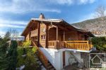 Beautiful 4 bed/2 bath chalet with garage, 5 minutes from 2 ski resorts.