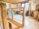 A spacious, well-appointed 3 bedroom, 1 bathroom apartment in Montriond's village centre.
