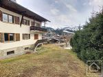 Charming 1 bedroom apartment with beautiful mountain views.