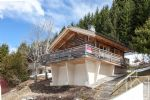 Beautifully renovated 2 bed holiday chalet close to pistes. Possible to double floor area.