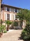 Pretty renovated character home with 145 m² living space, barn to convert and courtyard/garden.