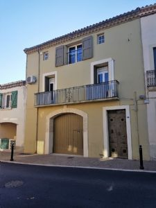 Renovated character house with loft, 3 bedrooms, studio, garage and terrace with views.