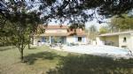 Grande maison en campagne, 6 chambres, avec garage et piscine sur terrain de 3 000 m², 25 min Romans