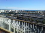 In central Cagnes sur Mer, 1 bedroom apartment on an upper floor with a sea view