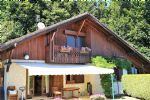 Chalet located in a quiet area in the hills of Sallanches, offering a beautiful view of Mont Blanc.