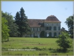 Close to Bergerac, 115 hectare estate, castle, large agricultural outbuildings