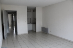 2 Bedroom apartment with lots of natural light, in a recently built