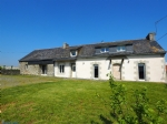 In a quiet area, Longere style house + outbuildings on an 8,500m2 site.