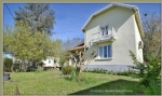 10Km east of Bergerac, detached 104m2 house on a 605m2 site.