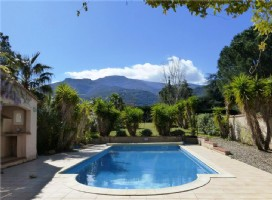 Exceptional Villa With Stunning Views, Laroque Des Alberes