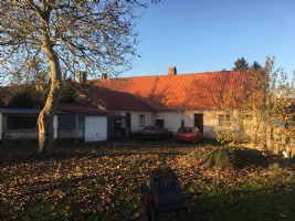 5mn from Hesdin - terraced house on a beautiful fenced plot of approx 0.25acre