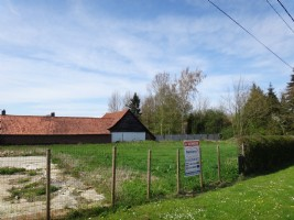 Building plot of land of 1171m2 (1/4 acre approx.)