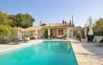 Provencial Villa - Bagnols-en-Foret 550,000 €