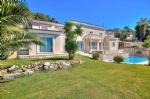 Contemporary villa - Castagniers 1,210,000 €