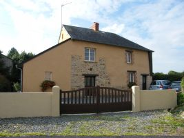 Detached two bed cottage in village with shops and amenities