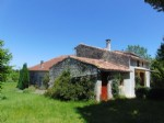 House with 2 beds, large garden, outbuildings and attics, Beauvais sur Matha