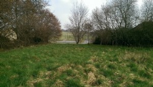 Piece of land of 1879m² situated on the outskirts of a small village with local amenities