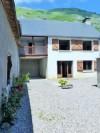 Maison de montagne avec 2 appartements independants et verger.
