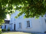 Beautiful 6 bed character house with outbuilding, view on river.