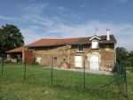 3 Bedroom house with multiple outbuildings