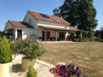 Stunning 4 BR house in a quiet rural setting – ideal for keen gardeners!