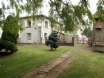 House with Barn, 4 Bedrooms, Cellar & Garden (country views)