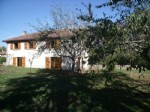 A house & barn featuring 4 bedrooms plot size 1953m²