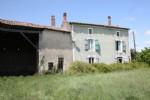 Sale house / villa - Stone-built property Chef-Boutonne (79110)