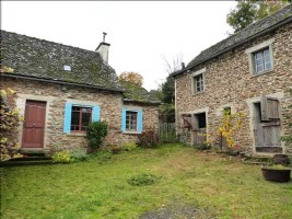 On the hills of the valley of the Lot on the edge of Cantal and Aveyron