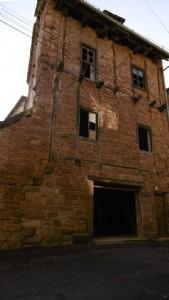Villecomtal - Maison de village 100m²