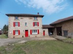 Attractive 3 bedroomed renovated stone house with attached barn