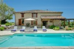 Lovely property with pool and land between Montauban et Gaillac