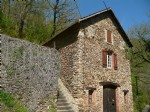 This house is in an idyllic location, one of the most beautiful and wild places of the Aveyron