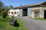 Chatain - 3 bedroom house in the countryside with land and gite/outbuildings