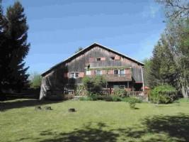 Farm to Renovate in Chevenoz