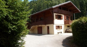 Six Bedroom Chalet near Centre of Les Gets